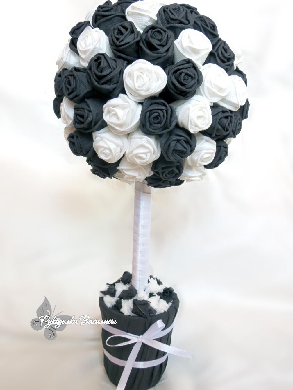 розы из салфеток своими руками, топиарий из бумажных роз, своими руками, топиарий ин-янь, черно-белый топиарий, рукоделки василисы
