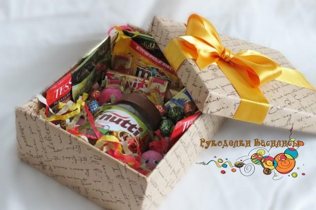 подарочная коробочка, шоколад, рукоделки василисы, конфеты, торт из конфет, оформление подарка