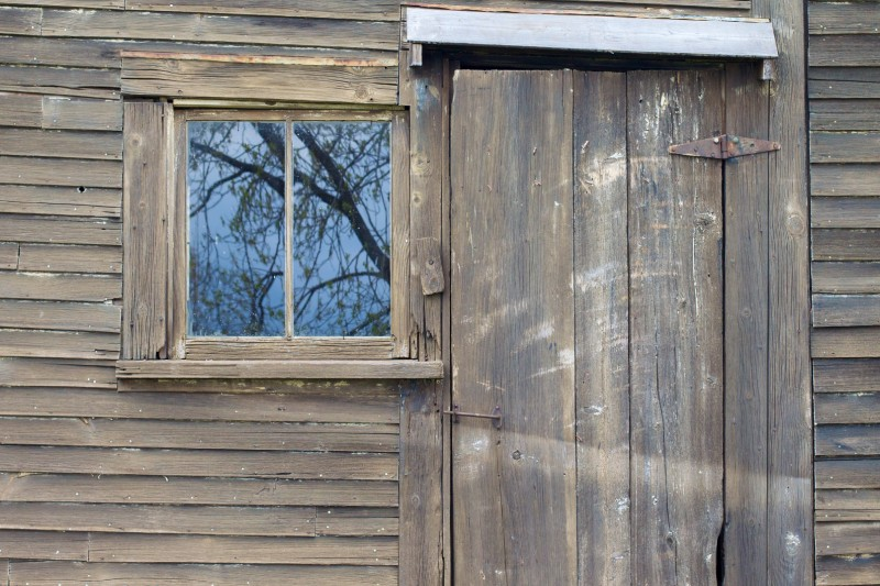 wood-house-window-building-barn-home-wall-shed-shack-cottage-facade-door-interior-design-log-cabin-2011365-siding-outdoor-structure-224222.jpg